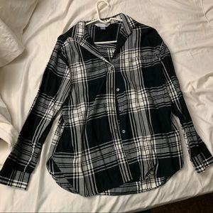 Old navy black and white plaid